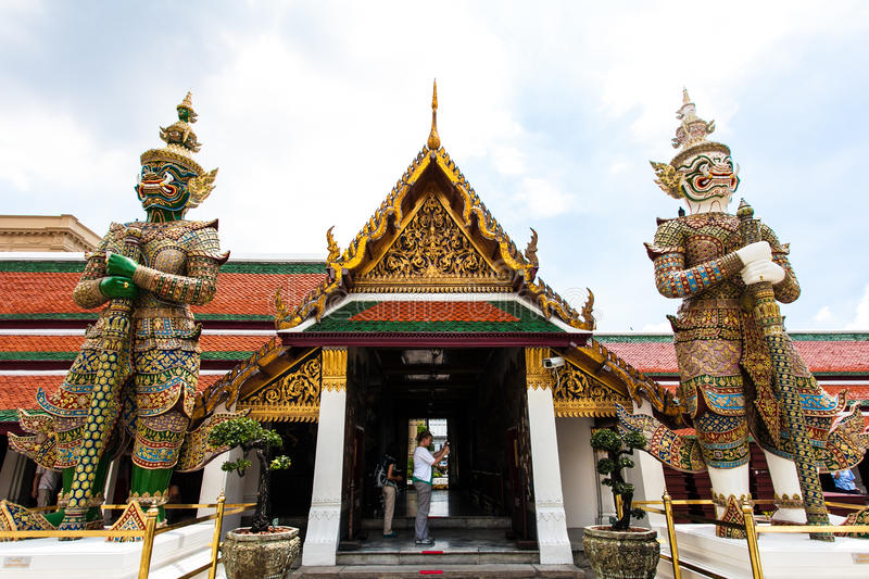 Download Thailand's Grand Palace editorial stock image. Image of religion - 28637374