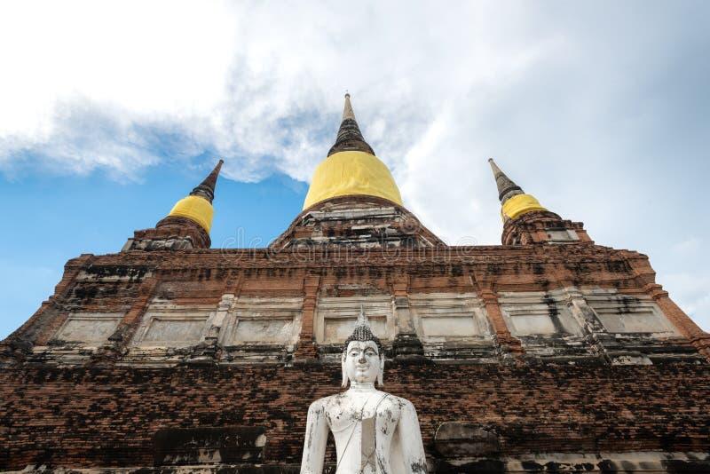 Thailand tempel - den gamla pagoden p? Wat Yai Chai Mongkhon, historiska Ayutthaya parkerar, Thailand arkivbilder