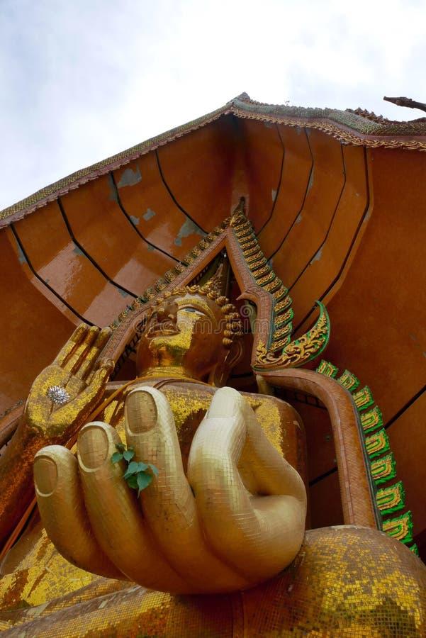 Thailand tempel, Wat Tam Sua fotografering för bildbyråer