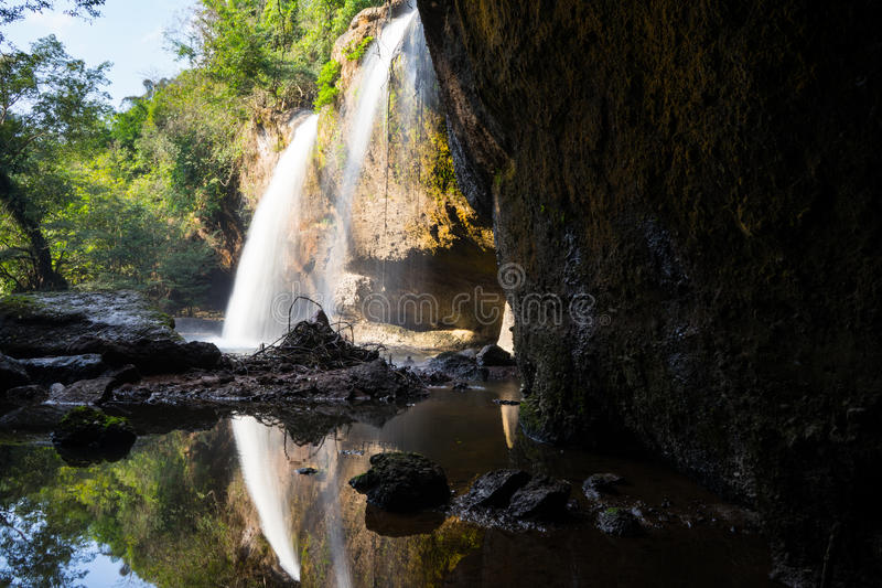 Thailand-Wasserfall lizenzfreie stockfotos
