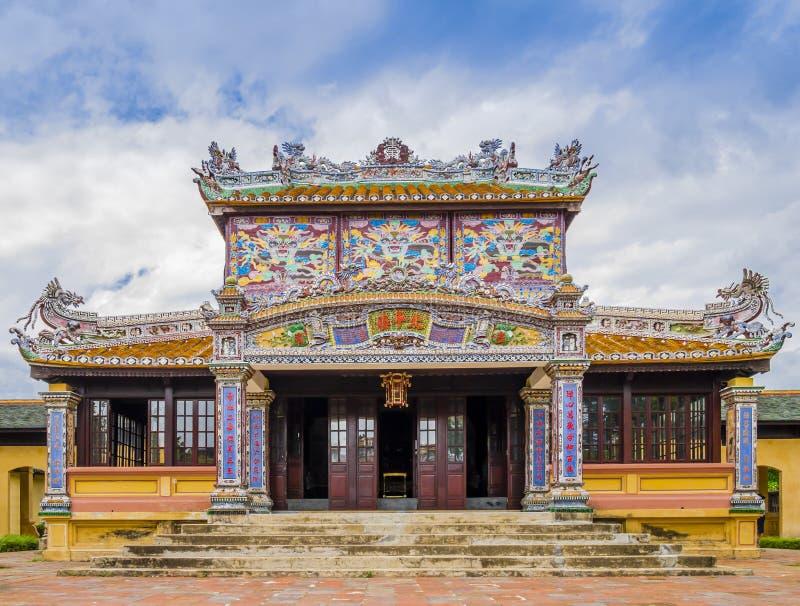 Thais Binh Lau-paviljoen, de Koninklijke Bibliotheek in de oude citadel van Tint royalty-vrije stock foto's