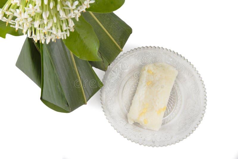 Thais dessert met Ixora stock foto's