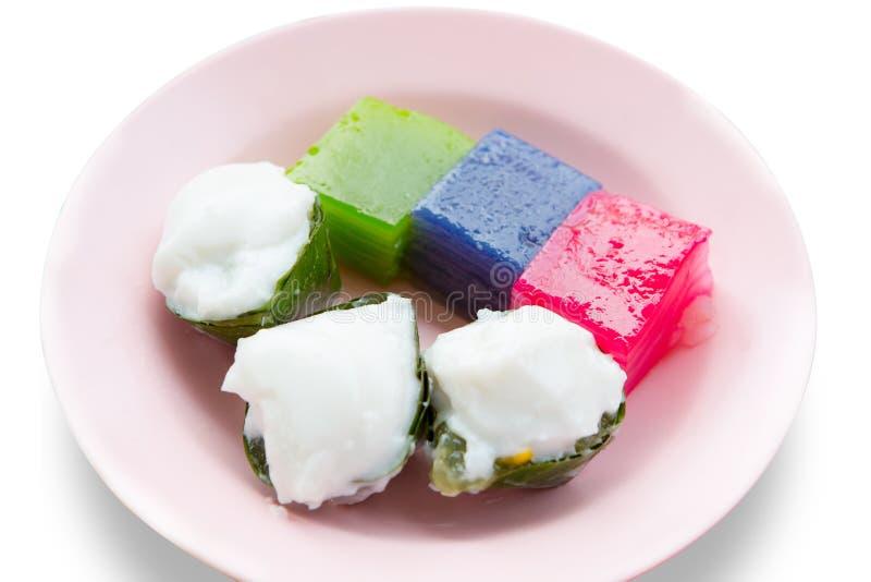 Thais die dessert van kokosmelk, suiker en bloem wordt gemaakt royalty-vrije stock afbeelding