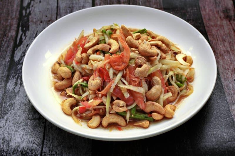 Thais populair recept, Kruidige en zure gemengde plantaardige salade met p royalty-vrije stock foto