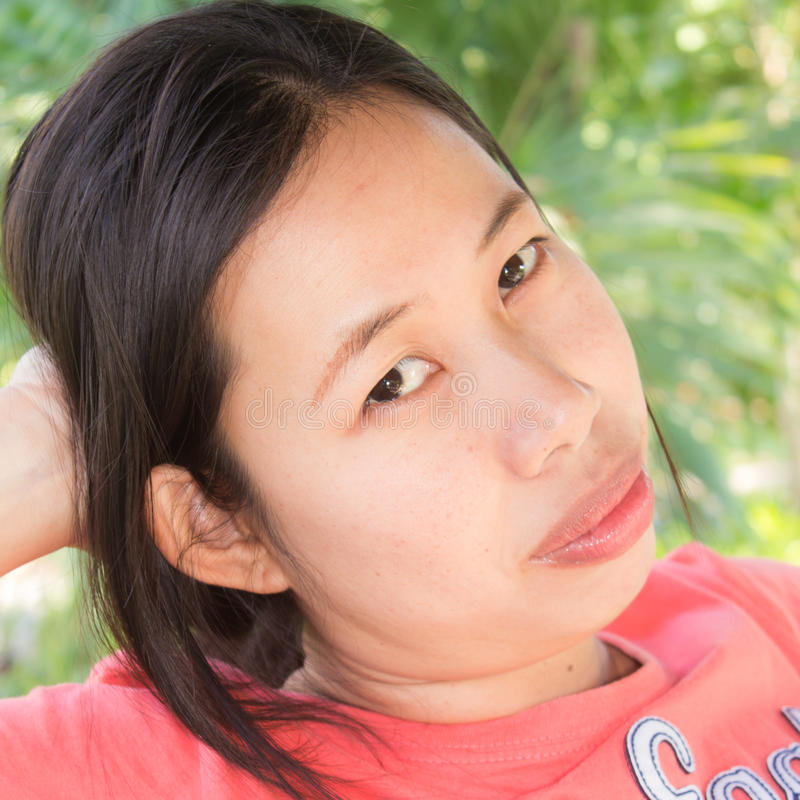Thais vrouwenportret colse omhoog stock foto's
