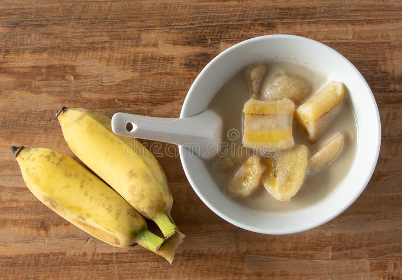 Thaise Banaan in Kokosmelk Dessert van Thailand stock fotografie