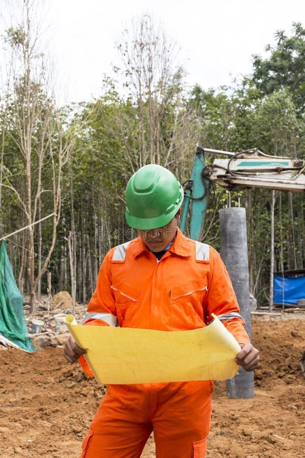 Thaise bouwwerfarbeider stock foto's