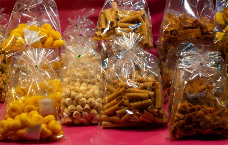 Thaise desserts in plastic zak de straatvoedsel van Thailand stock fotografie