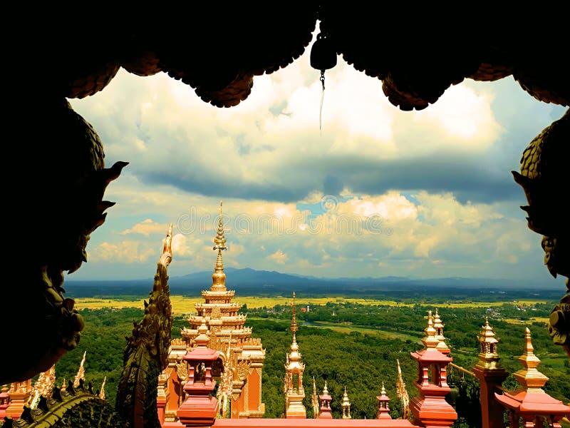 Thaise draak of koning van standbeeld Naga royalty-vrije stock fotografie