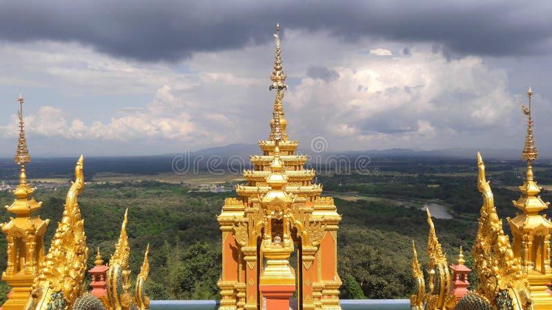 Thaise draak of koning van standbeeld Naga royalty-vrije stock afbeeldingen