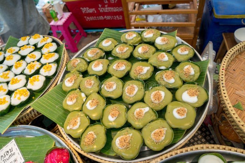 Thaise groene desserts in dienbladen royalty-vrije stock afbeeldingen