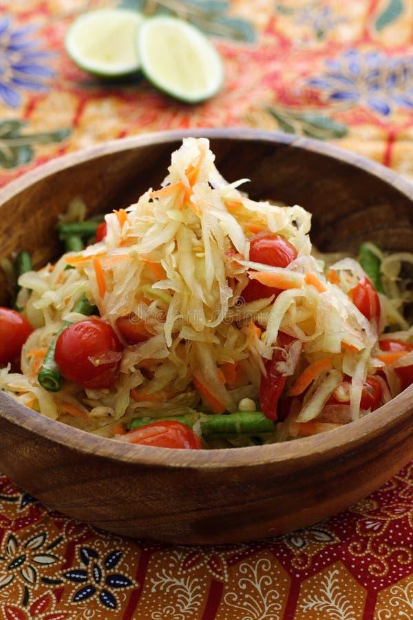 Thaise groene papajasalade royalty-vrije stock afbeeldingen