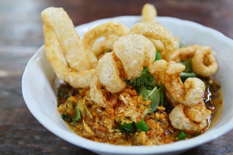 Thaise Kruidige gehaktsalade stock foto