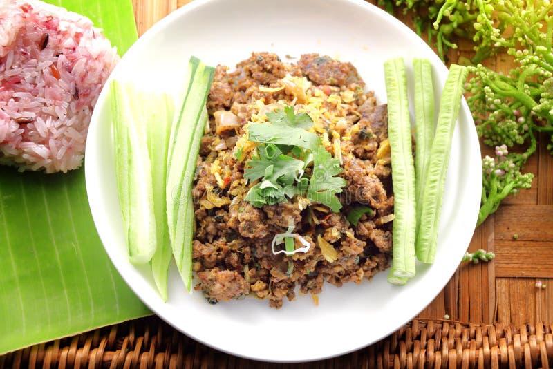 Thaise kruidige gehaktsalade, traditioneel Thais voedsel royalty-vrije stock afbeelding