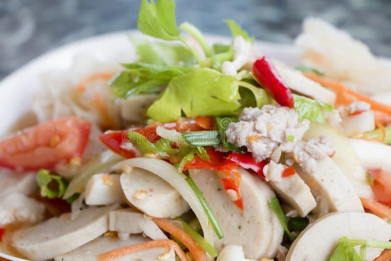 Thaise kruidige zeevruchtensalade royalty-vrije stock afbeelding