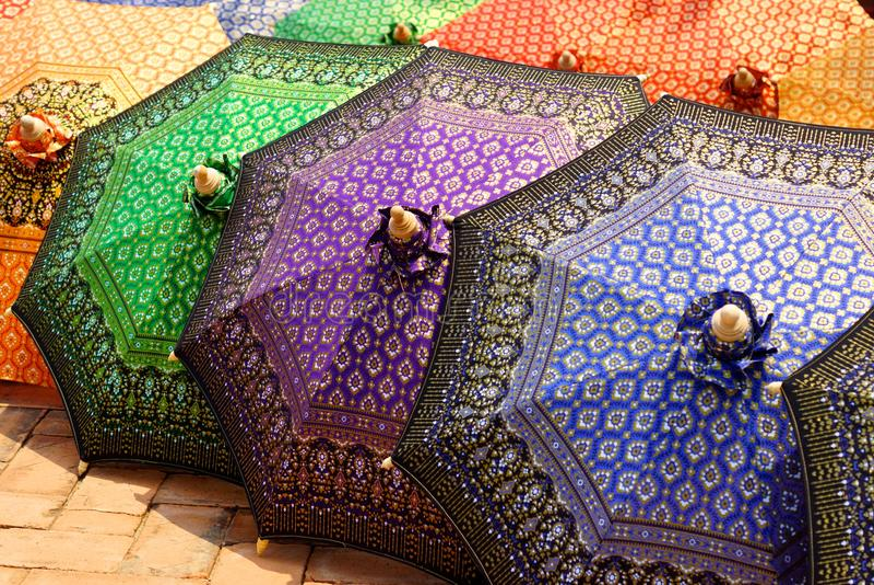 Thaise stijlparaplu royalty-vrije stock foto's