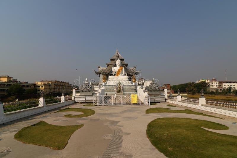 Thaise tempel, Bodh Gaya royalty-vrije stock afbeeldingen