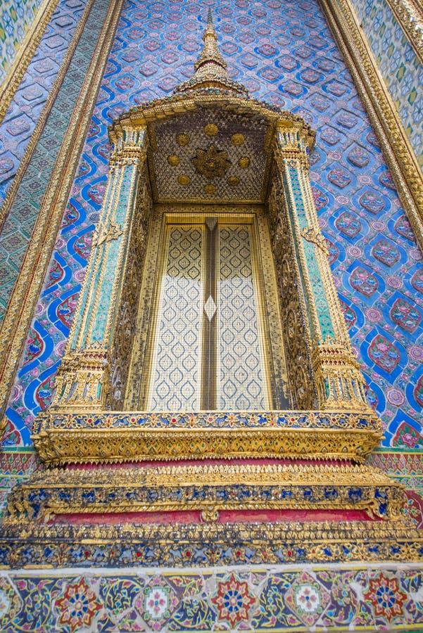 Thaise tempelvensters stock fotografie