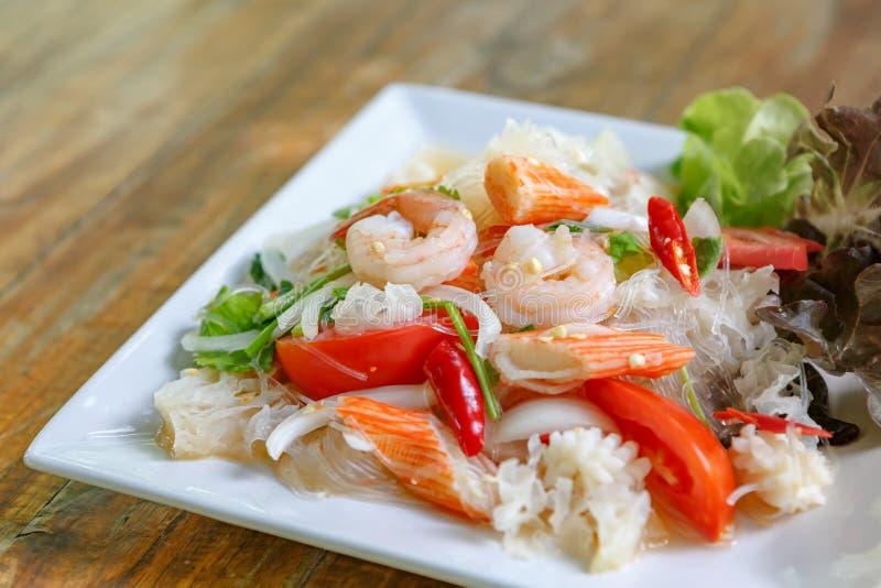 Thaise Vermicellisalade stock afbeeldingen
