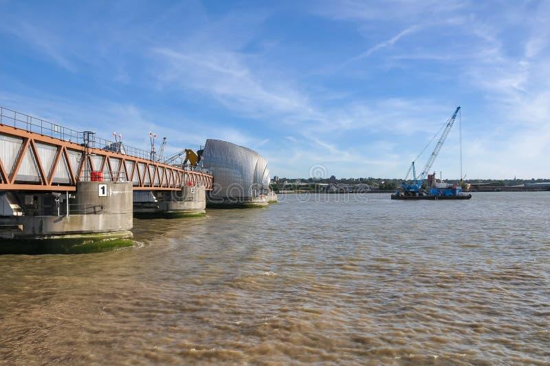 Thames bariera w Londyn zdjęcia stock