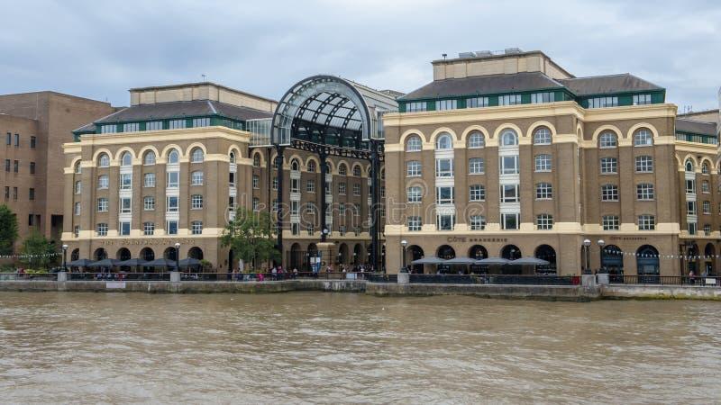 Thames flod, London royaltyfri foto