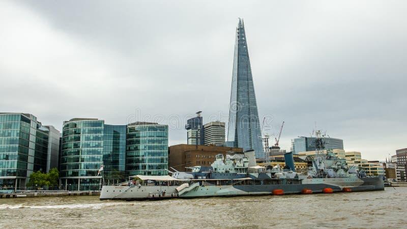Thames flod, London royaltyfria bilder