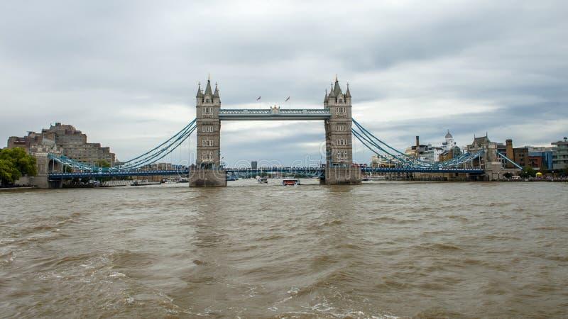 Thames flod, London royaltyfri fotografi