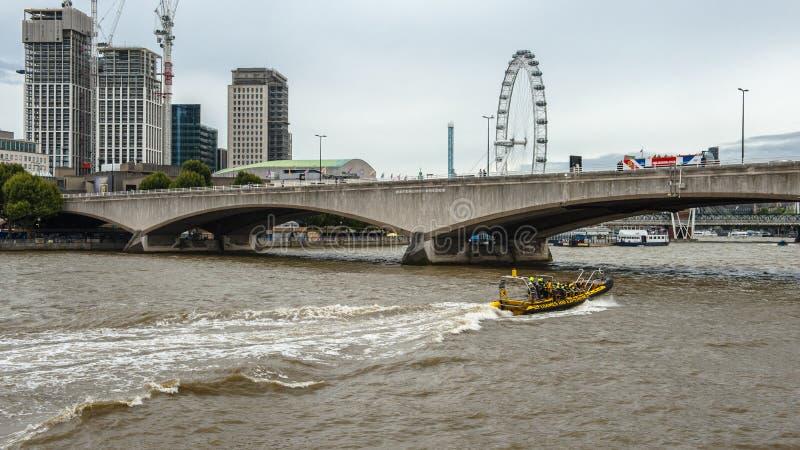Thames flod, London royaltyfria foton