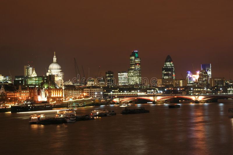 Download Thames in London stock photo. Image of urban, river, kingdom - 4494844