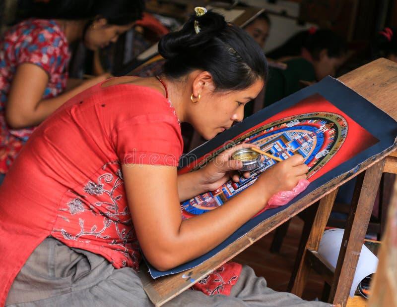 Thangka ζωγραφικής γυναικών στο Νεπάλ στοκ φωτογραφία με δικαίωμα ελεύθερης χρήσης