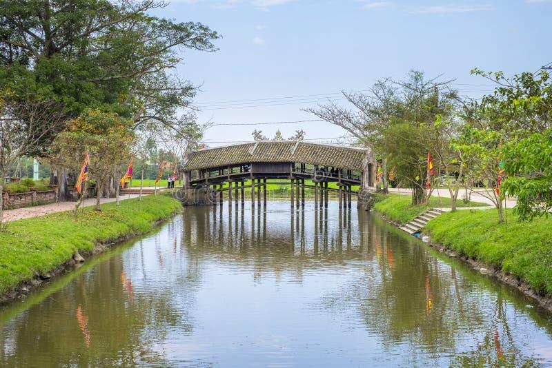 Thanh Toan Bridge Hue imagem de stock royalty free