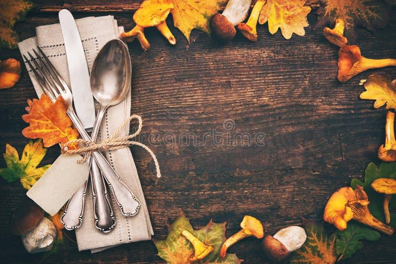 Thanksgiving autumn place setting royalty free stock photos