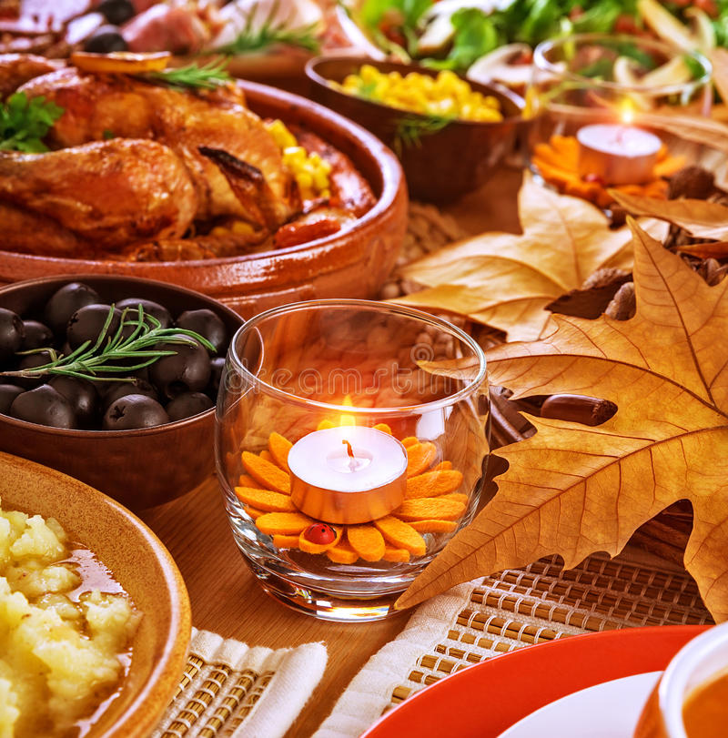 Download Thanksgiving Table Decoration Stock Image   Image Of Baked,  Cooked: 35415271