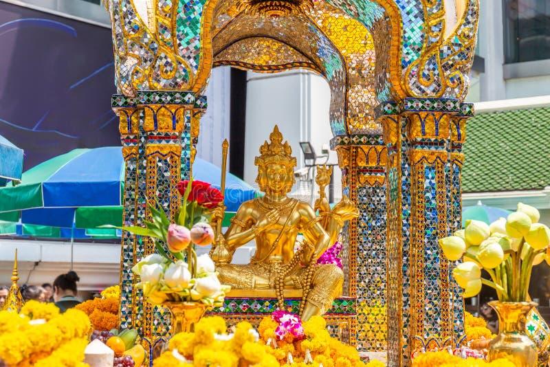 Thao玛哈梵天或爱侣湾在曼谷祀奉重要和普遍的地方或地标 免版税库存照片