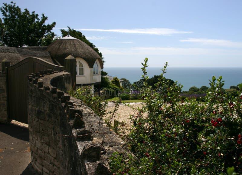 Thatched stuga i Lyme Regis fotografering för bildbyråer