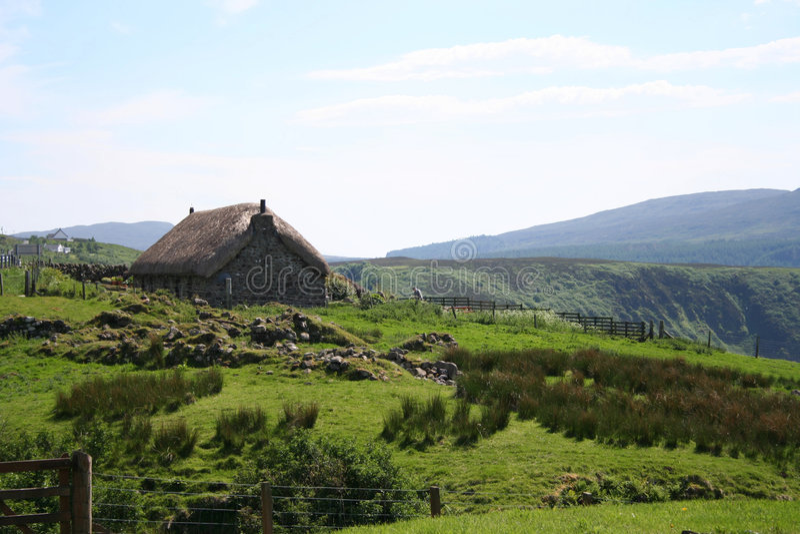 Thatchhäuschen, Insel von Skye lizenzfreies stockbild