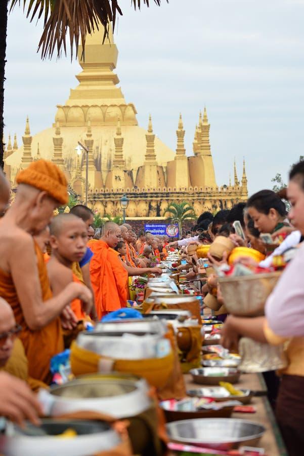 Thatluang festival i Vientiane laotiska PDR arkivfoto
