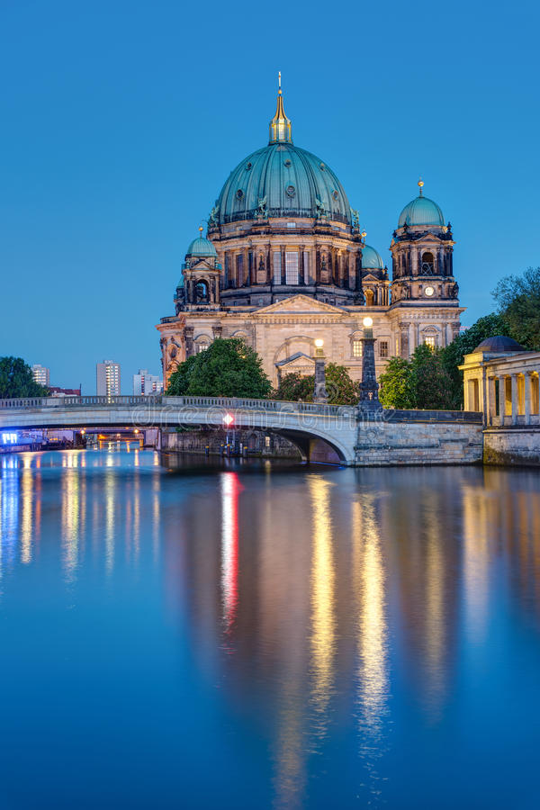 Free The Berliner Dom At Night Stock Photo - 93092760