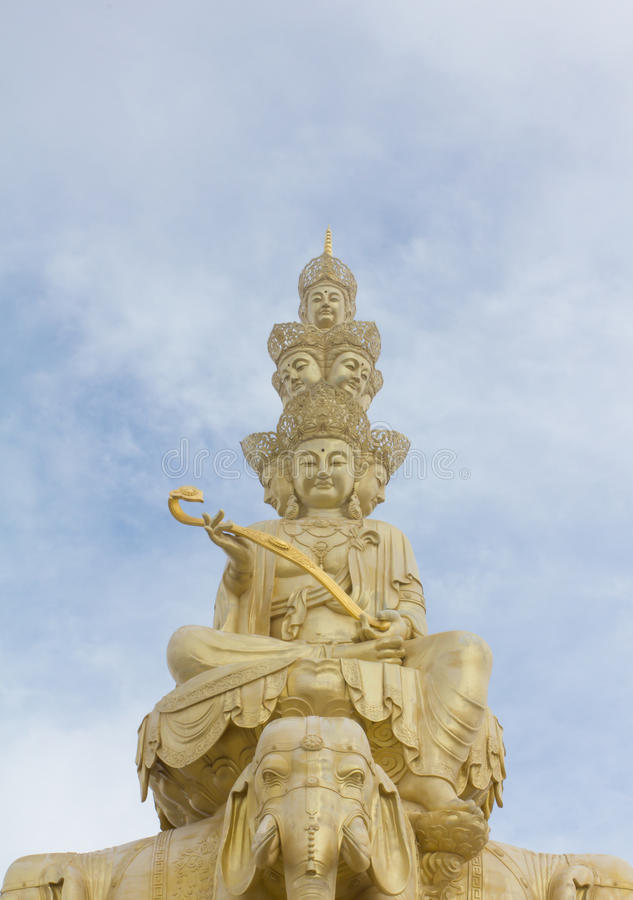 Free The Golden Buddha Of Emeishan Stock Photos - 48671573