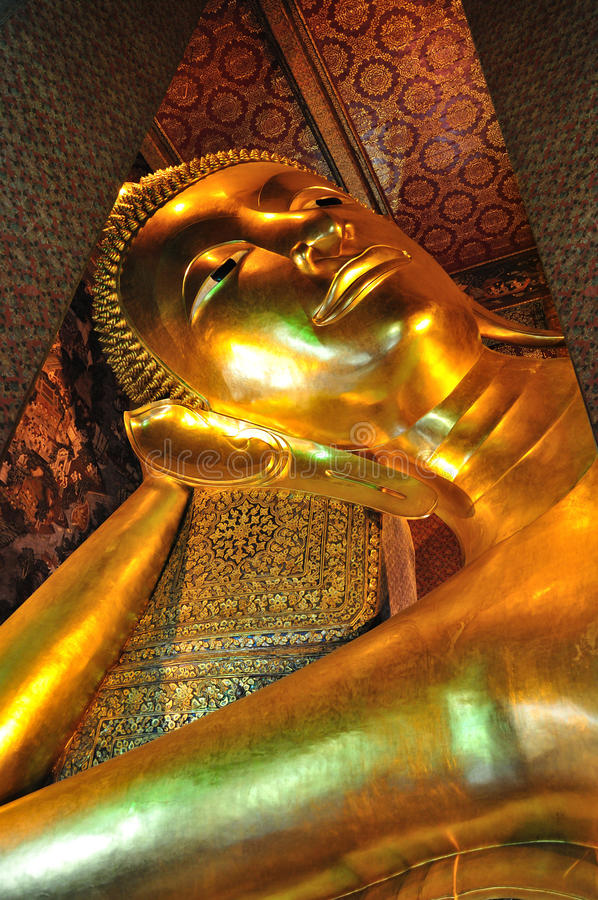 Free The Golden Lying Buddha In Wat Pho Royalty Free Stock Photography - 19722067
