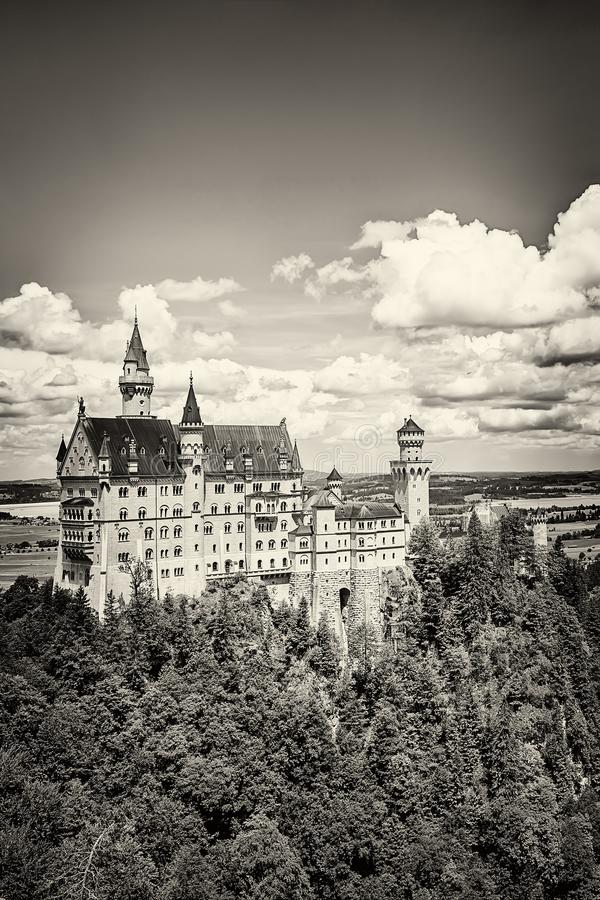 Free The Idyllic Neuschwanstein Castle Stock Image - 122319941