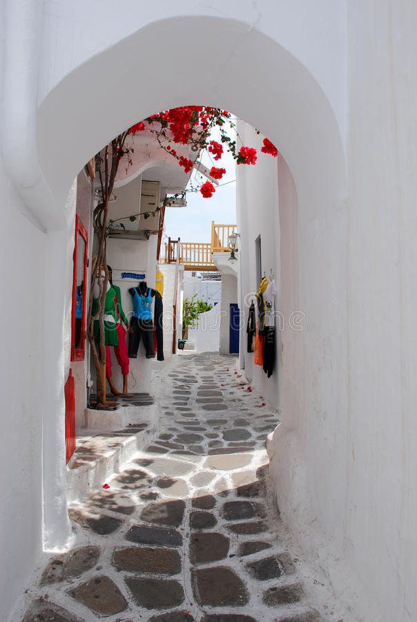 Free The Narrow Streets On The Island Of Mykonos Stock Photography - 16483992