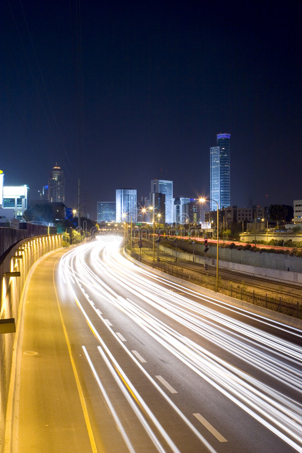Free The Night Cityscape Royalty Free Stock Photography - 5811497