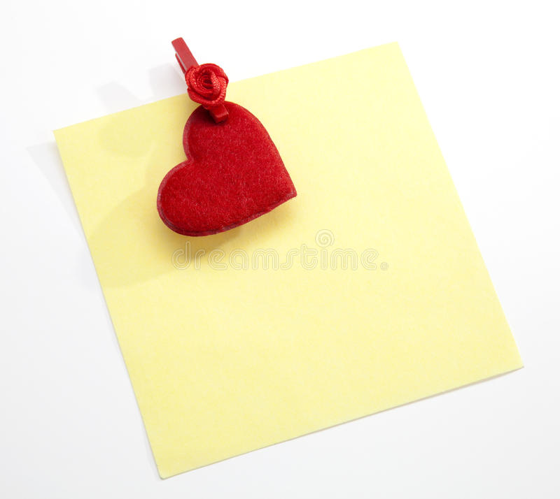 Free The Post It W Clothes Pin And Valentine`s Heart Royalty Free Stock Images - 18237719