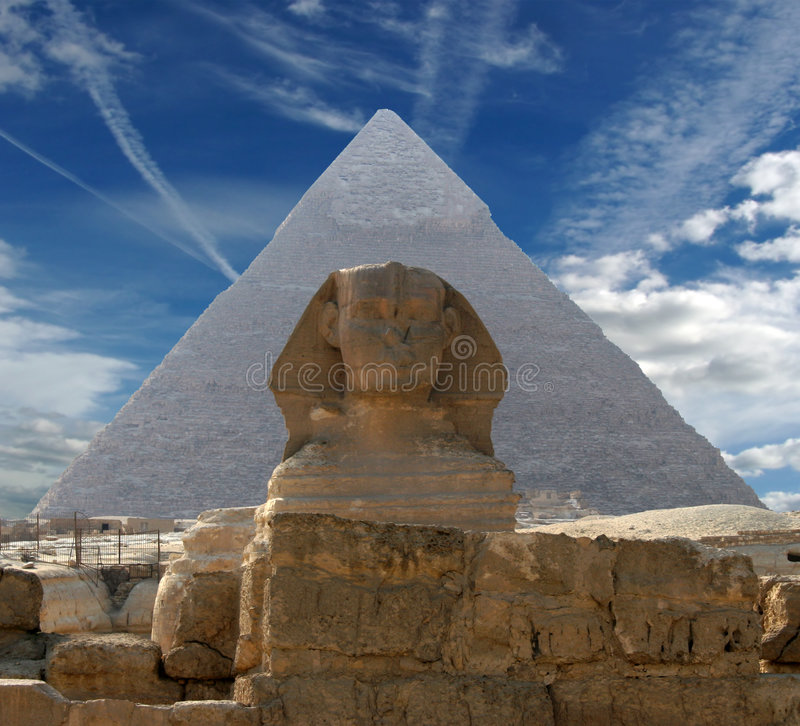 Free The Sphinx And Pyramid Royalty Free Stock Photography - 3297777