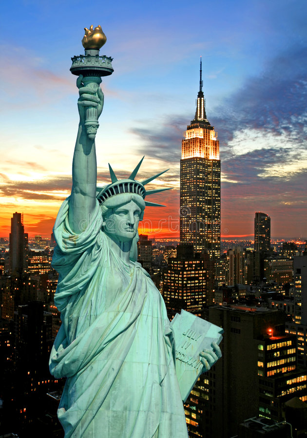 Free The Statue Of Liberty And New York City Skyline Stock Photography - 3754302