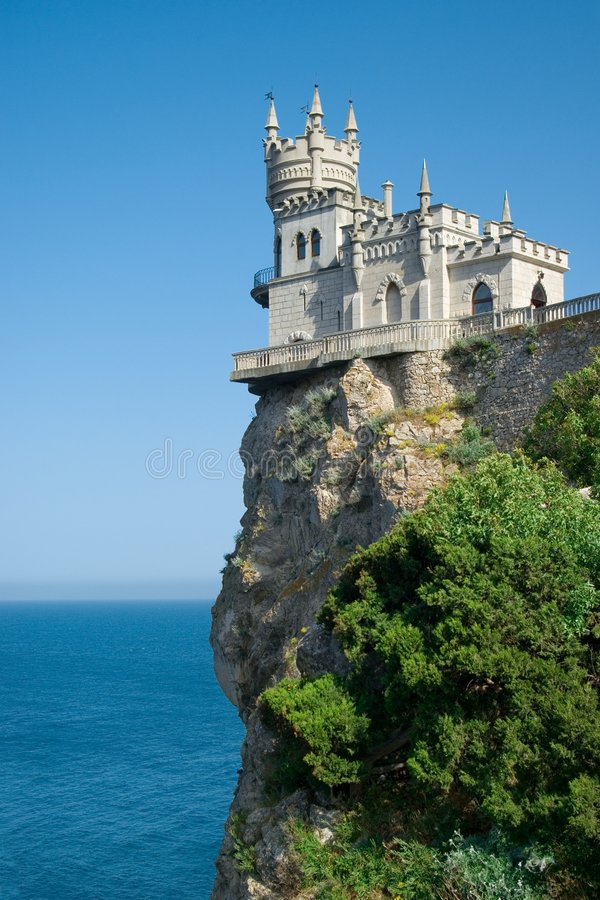 Free The Well-known Castle Swallow S Nest Royalty Free Stock Photo - 5419225