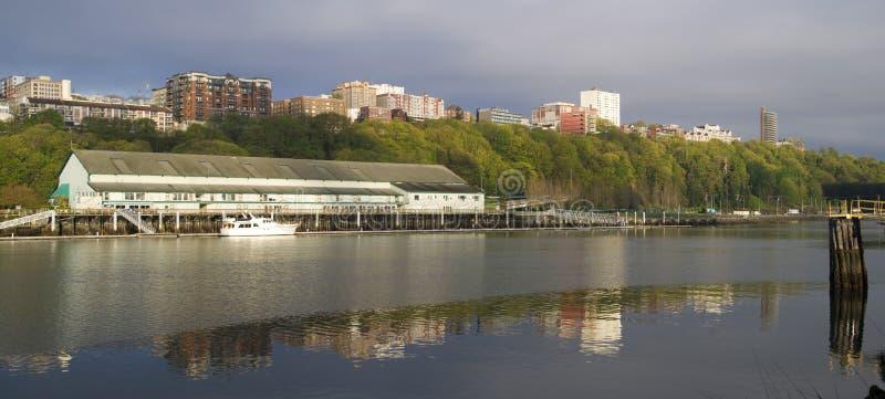Thea Foss Waterway Waterfront Ridge das construções Tacoma norte Wa fotos de stock