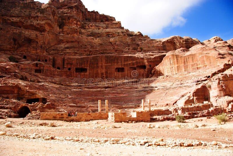 Theater bij Petra, Jordanië stock foto
