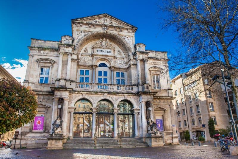 Theater van opera het Grote Avignon bij Klokvierkant in Avignon Frankrijk stock foto